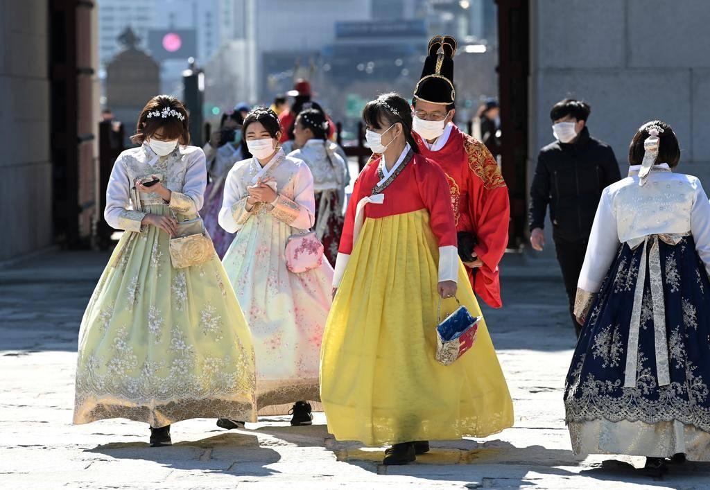 Weekly Wordventure (3) - 신흥종교와 보수당파가 한국에 코로나바이러스를 퍼트리다